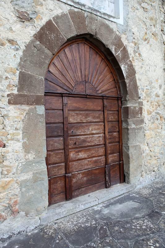 Portone della chiesa della Santissima Annuziata